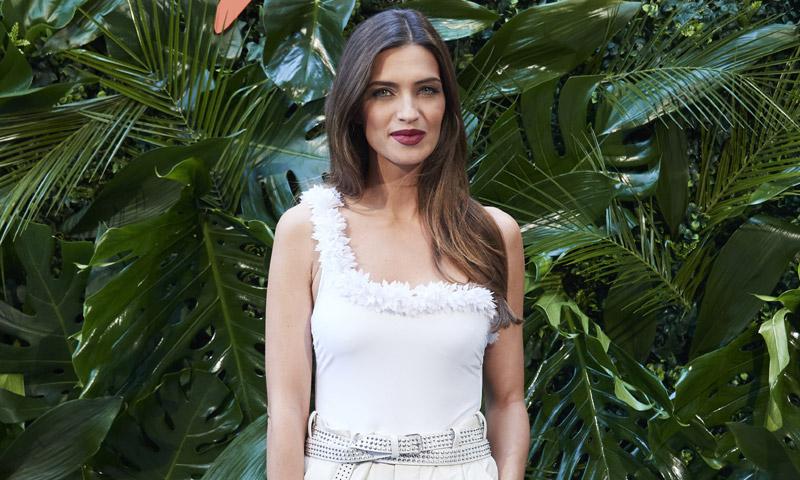Sara Carbonero pone en práctica las 4 reglas de las mejores estilistas