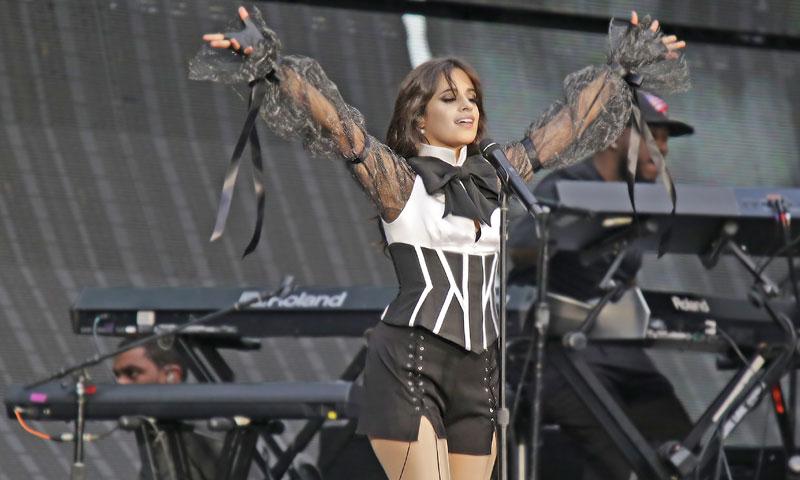 El nuevo éxito que Camila Cabello comparte con Selena Gomez