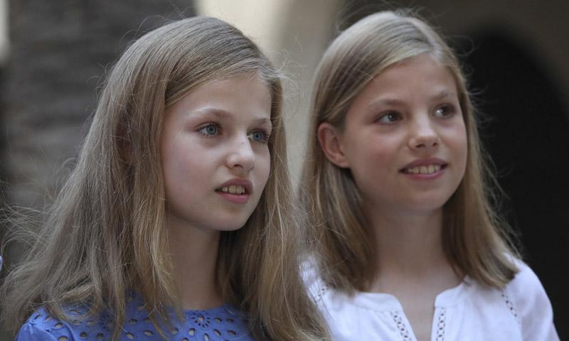 El cambio de la infanta Sofía y la curiosa elección de vestuario de la Princesa Leonor