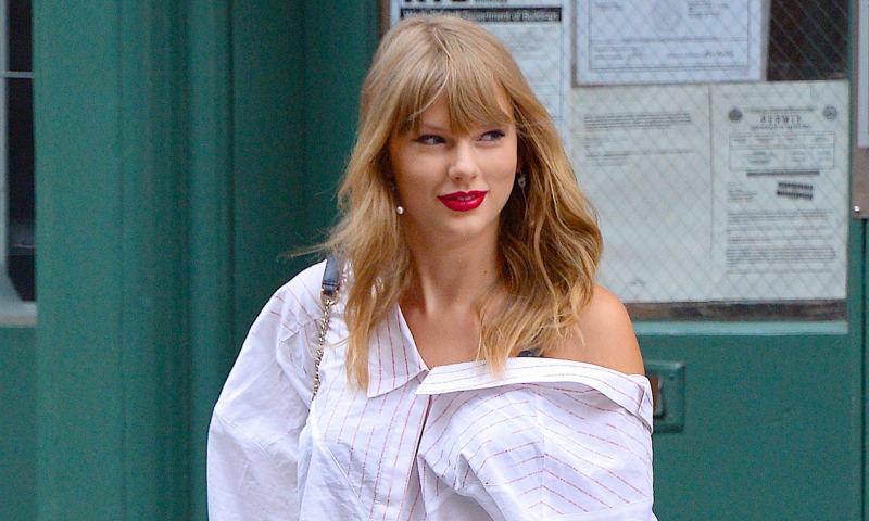 El último capricho de Taylor Swift: unos pendientes dedicados a su gata Olivia
