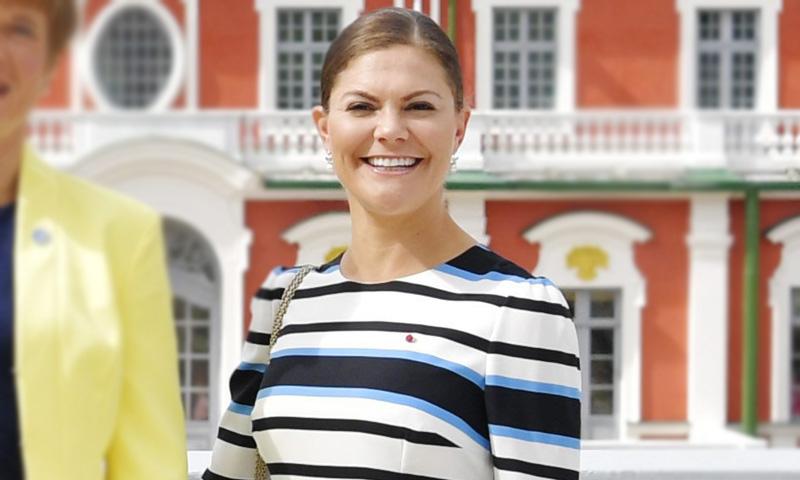 Dos años después, Victoria de Suecia recicla su vestido más atemporal