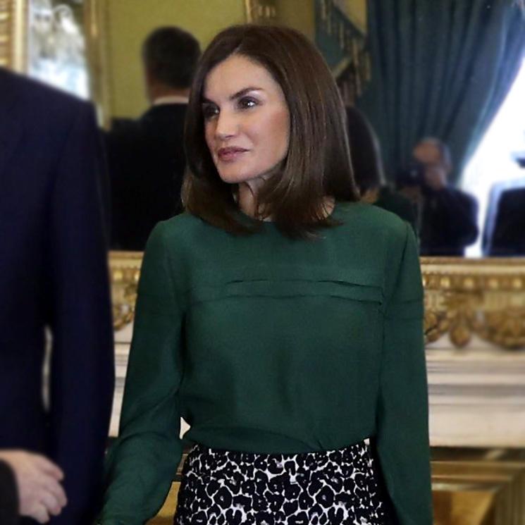 c247e0d8f Reina Letizia: todos sus looks con su falda estampada con leopardo ...