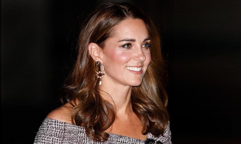 La duquesa de Cambridge estrena diseño con guiño a Meghan Markle