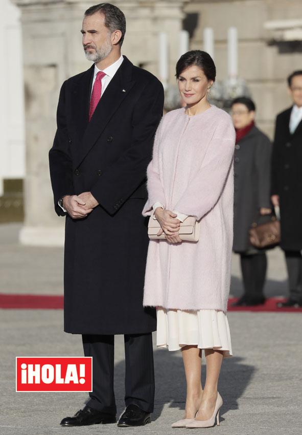 La Reina Compra En Asos Un Vestido De 96 Y Presenta Su