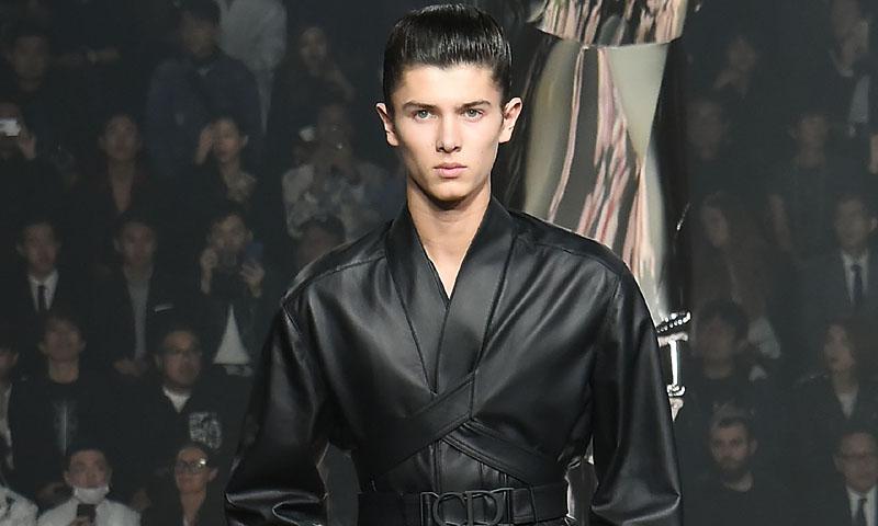 Nicolás de Dinamarca afianza su estatus como joven promesa de la moda en Tokio