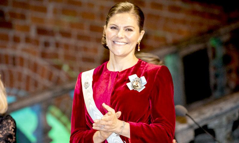 Victoria de Suecia y sus prendas con truco, del vestido Alexa a la chaqueta Stella