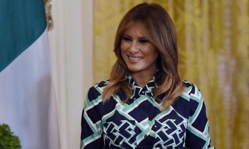 Melania Trump y su homenaje irlandés con un inesperado vestido estampado
