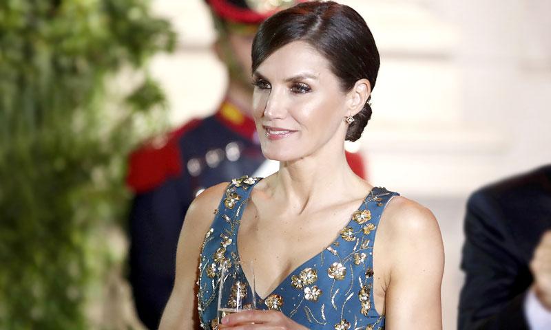 El maratón de estilo de la Reina tuvo un look ganador, según los lectores de HOLA.com