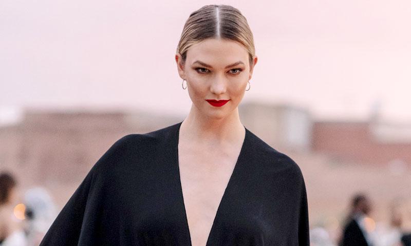 Solo en HOLA.com: actrices y modelos se rinden a Dior con su desfile histórico en Marrakech
