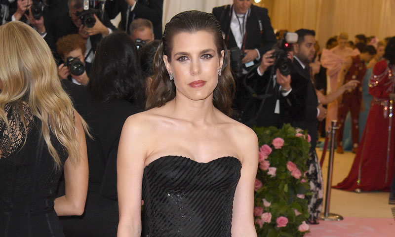 Carlota Casiraghi, premio a la elegancia para la 'royal' que no se pierde la Gala del Met