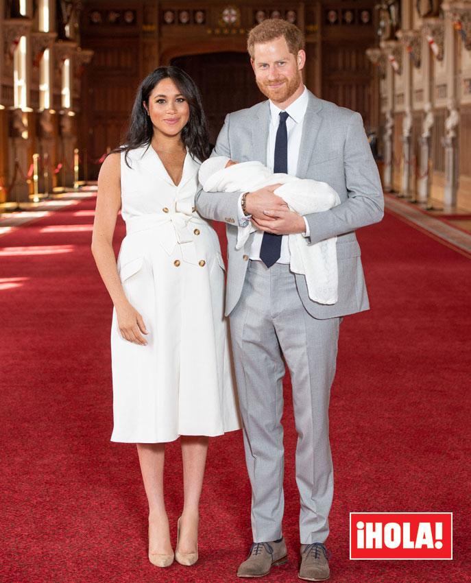 Meghan Markle Presenta A Su Primer Hijo Y Su Look Se
