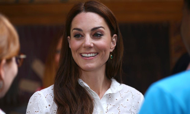 La duquesa de Cambridge amplía su colección de calzado cómodo con un nuevo guiño a Diana