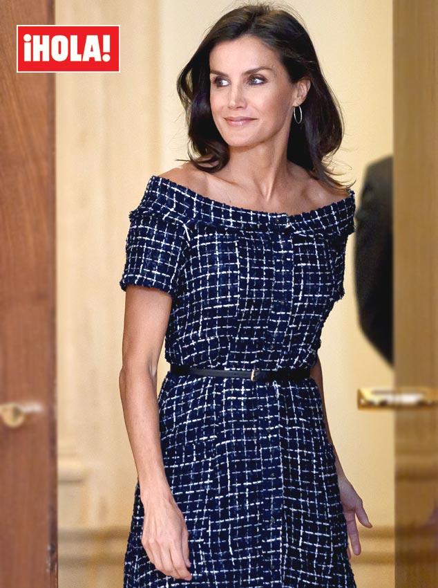 cf358e6ff Reina Letizia: su vestido de las rebajas de Zara conquista a la ...