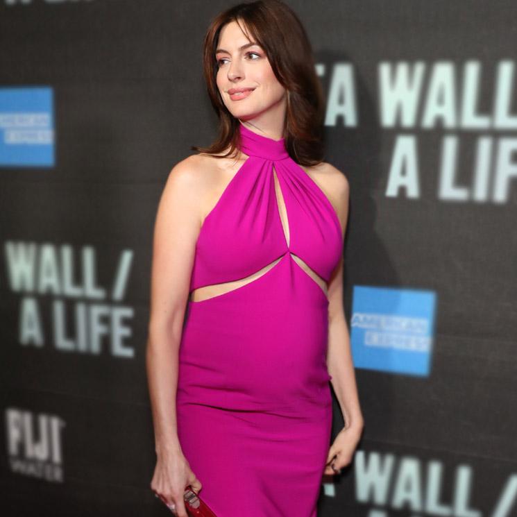 El Vestido Fucsia De Anne Hathaway Y Otros Looks Premamá
