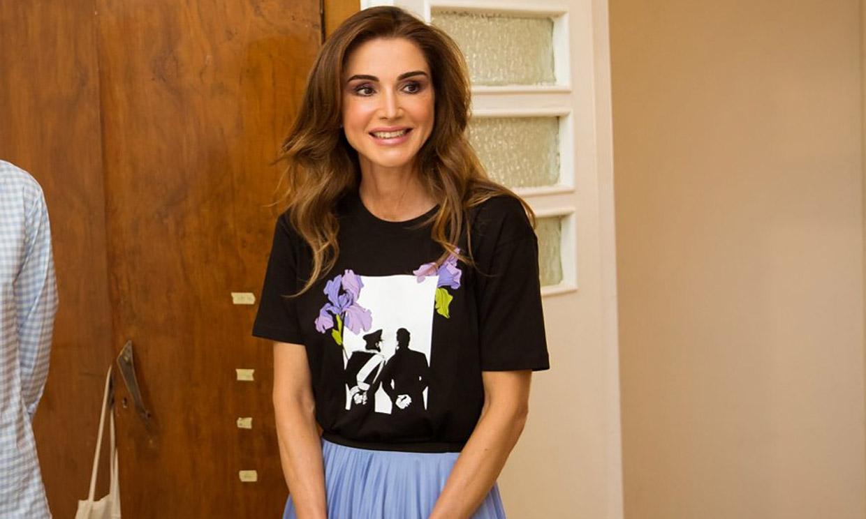 Rania de Jordania, doña Sofía y otras 'royals' que incluyeron fotos familiares en sus looks