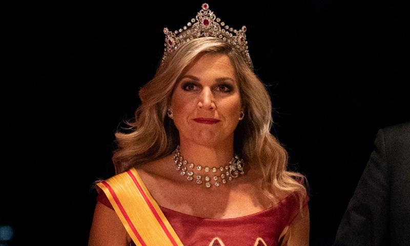 Diseñadores favoritos y vestidos reciclados, las fórmulas de reinas y princesas para acertar en Palacio