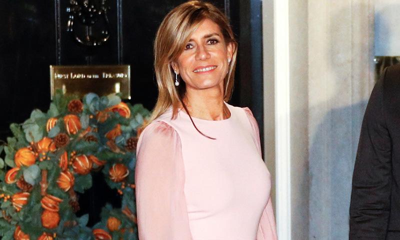Begoña Gómez se marca un Kate Middleton en Londres con su nuevo vestido