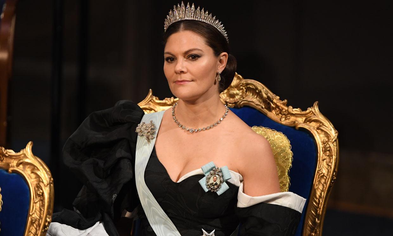 Victoria, Magdalena y Sofia: originales escotes y fabulosas tiaras en Suecia