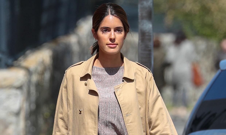 Sofía Palazuelo estrena el abrigo 'Victoria' que Inés Domecq presentó en ¡HOLA!
