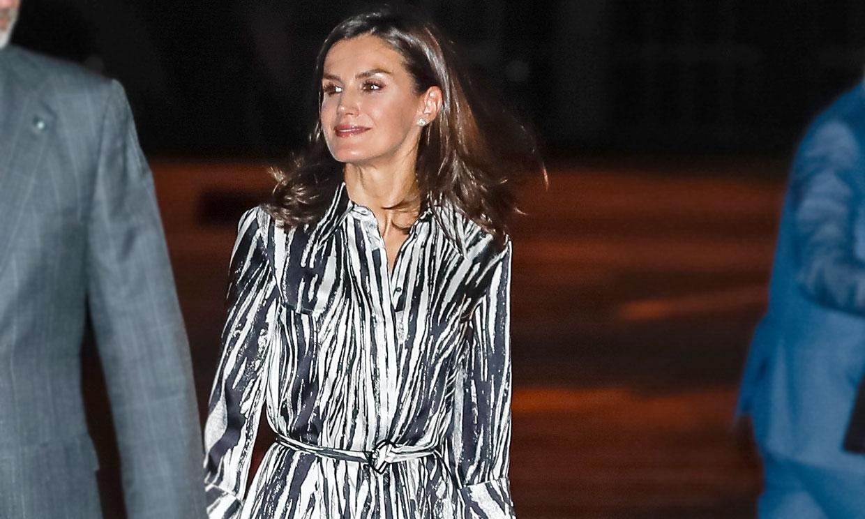 La inesperada conexión de la Reina con un ángel de Victoria's Secret: el vestido 'Danimala'