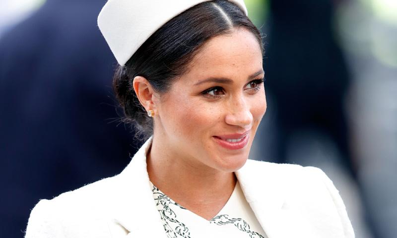 Tras conquistar a Meghan Markle, Victoria Beckham lanza otra versión de su vestido más 'royal'