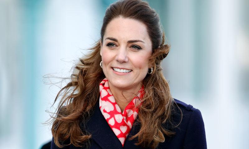La razón por la que Kate y Pippa Middleton comparten esta bufanda de corazones