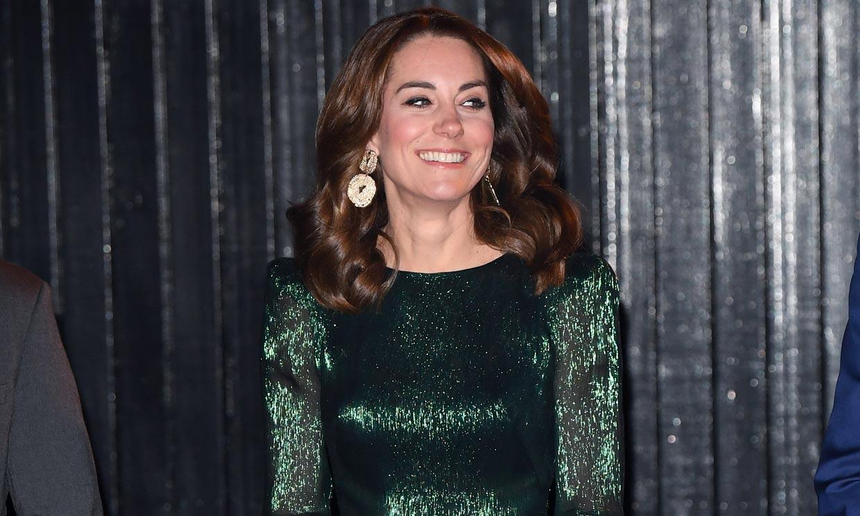 Kate Middleton copia a Beatriz de York su brillante y transparente look de boda
