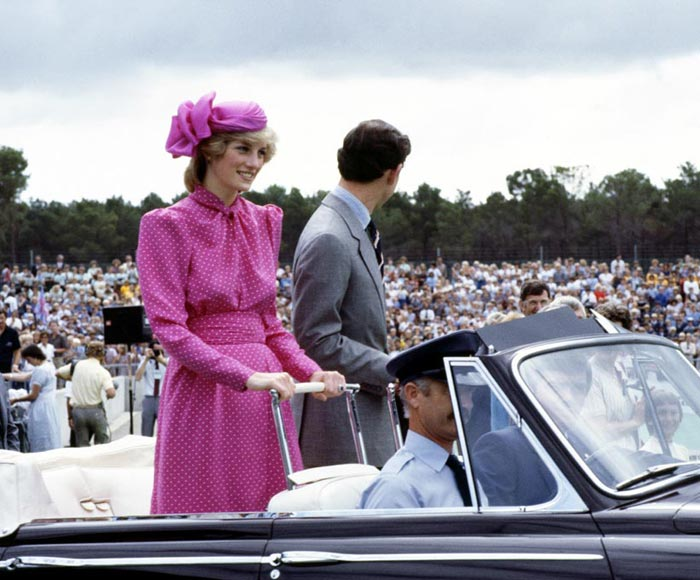Diana de Gales vestido rosa lunares
