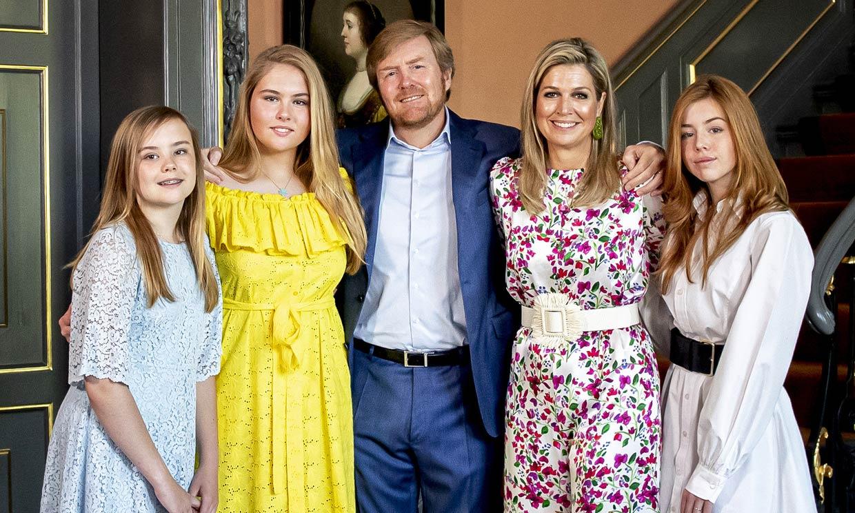 Máxima de Holanda, 'eclipsada' por los lookazos con tacones de sus hijas adolescentes