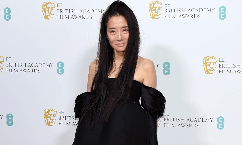 La diseñadora Vera Wang se vuelve viral por sus abdominales... ¡a los 71 años!