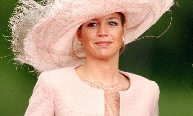 Así vistieron las 'royals' invitadas a la boda de los reyes Letizia y Felipe hace 16 años