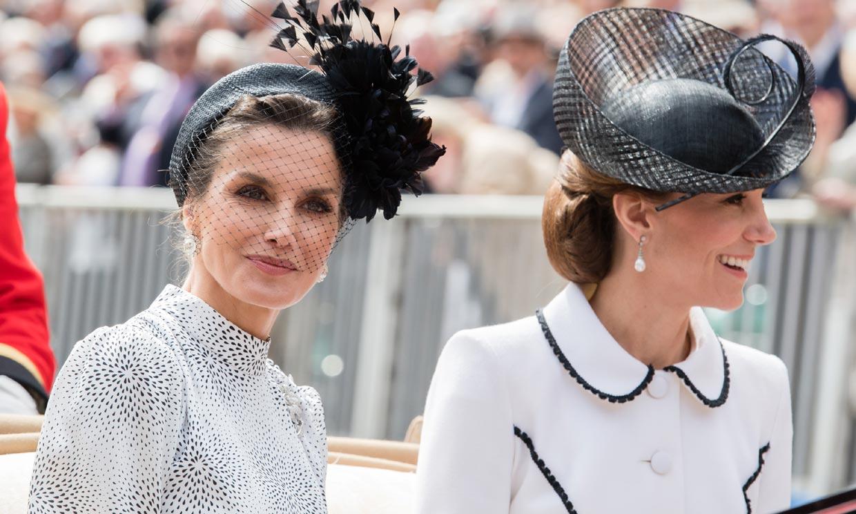 El día que doña Letizia volvió a llevar tocado para su cita con la realeza europea