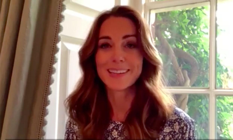 Kate Middleton vuelve a ser la que mejor marca cintura con su nuevo vestido asequible
