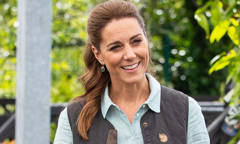 Kate Middleton vuelve al trabajo con un look lleno de guiños a la moda española