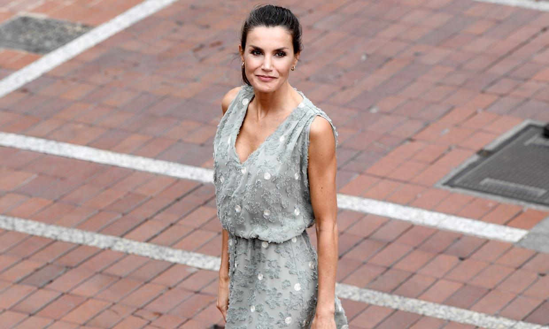 Doña Letizia, la Reina que triunfa con sus compras de rebajas