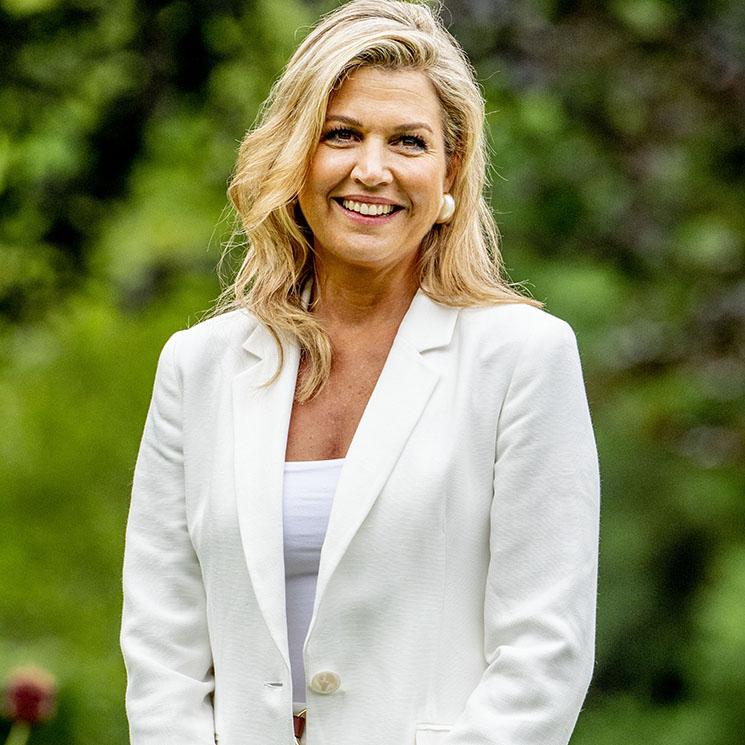 ¡A juego con sus hijas! Máxima de Holanda hace historia en el tradicional posado con su look