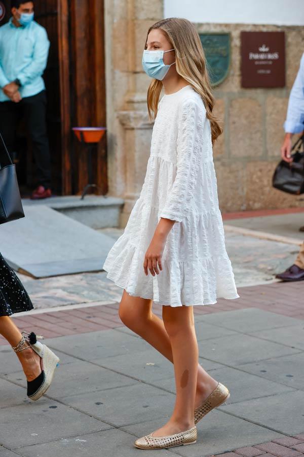 La infanta Sofía con vestido de Zara