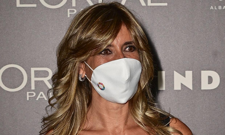 Begoña Gómez sorprende con su look más juvenil en su cita con la moda española