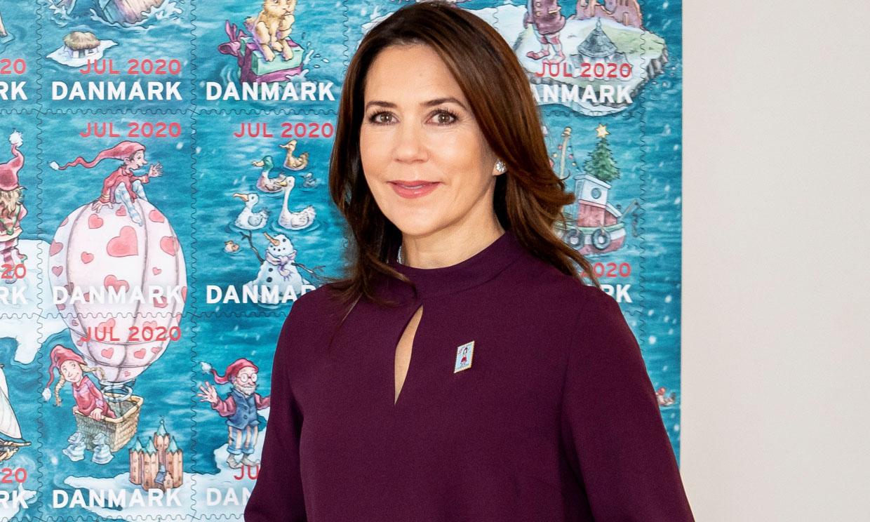 Mary de Dinamarca versiona aquel look de Zara de doña Letizia
