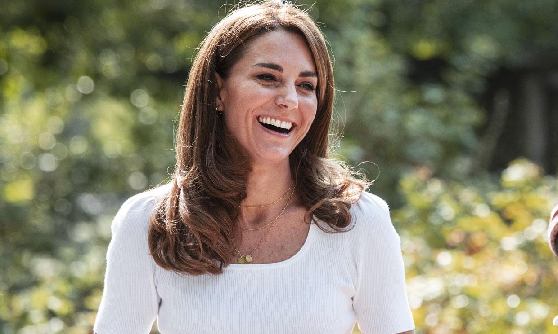 El cambio de estilo de Kate continúa: más rubia y más juvenil gracias al 'made in Spain'