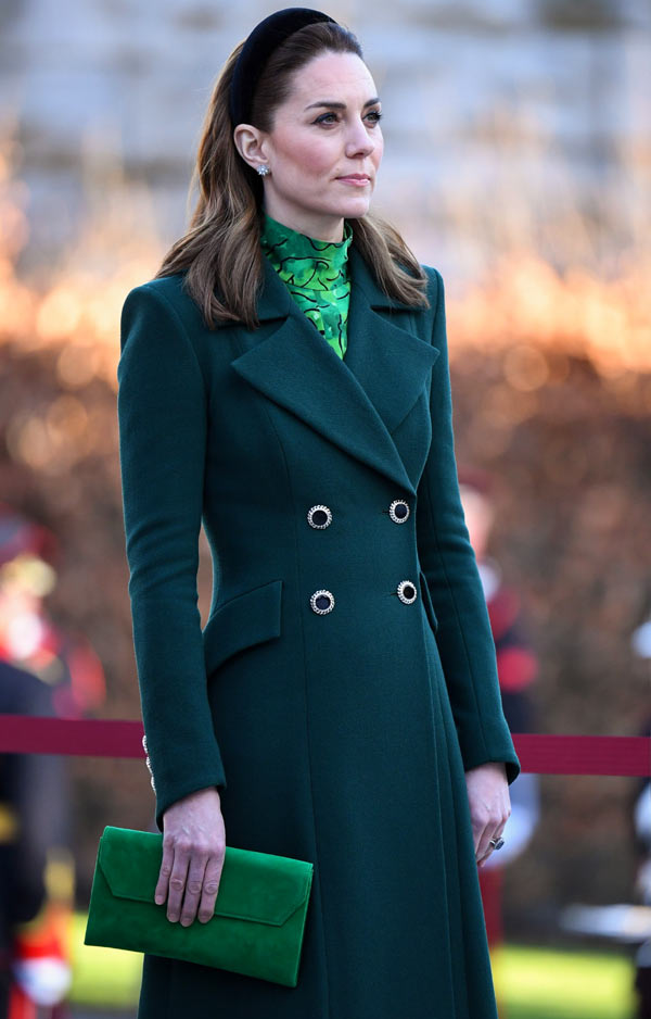 Kate Middleton con abrigo verde