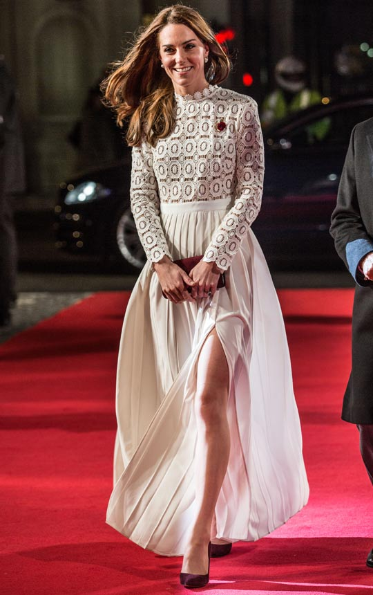 Kate Middleton con vestido blanco