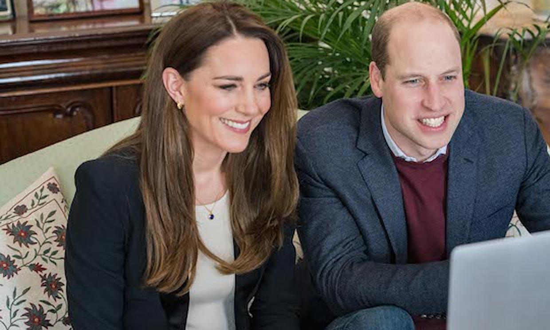 Kate Middleton sigue los pasos de Meghan Markle y manda un mensaje con su nueva joya
