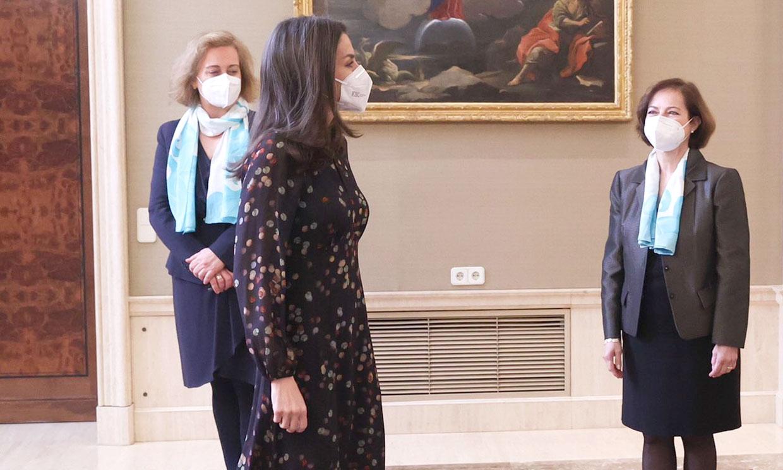 Doña Letizia rescata el vestido 'confeti' que rompió una tradición