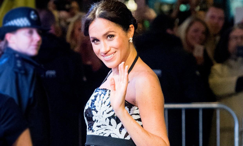 Meghan Markle y un look premamá para la historia: vestido de 3.900 euros y guiño a Diana de Gales