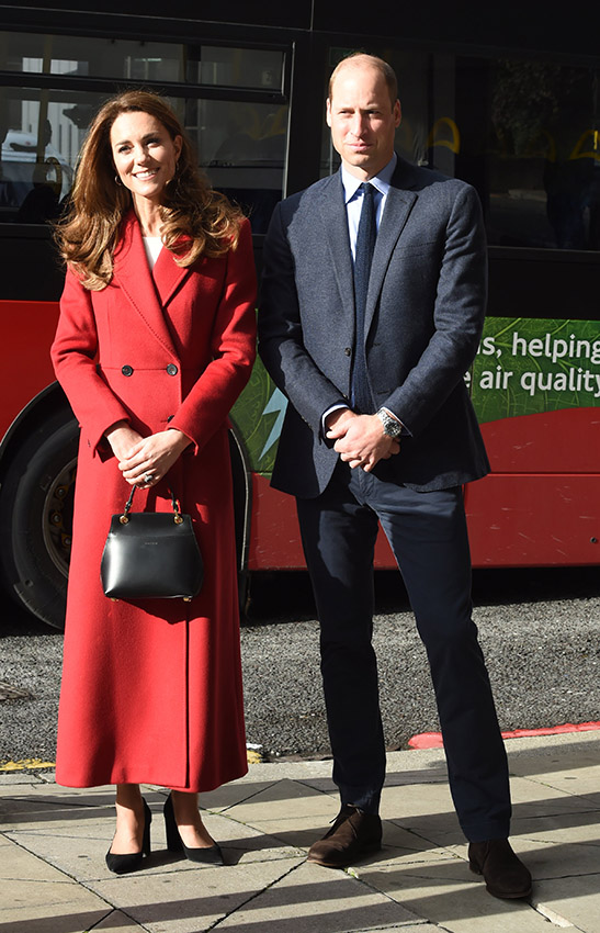 Kate Middleton abrigo rojo