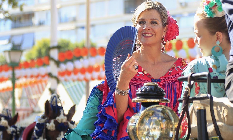 Hace justo dos años, Máxima y sus hijas conquistaron Sevilla con trajes de flamenca