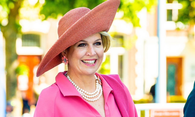 Tras Kate y doña Letizia, Máxima confirma el fenómeno del 'rosa Barbie' entre la realeza