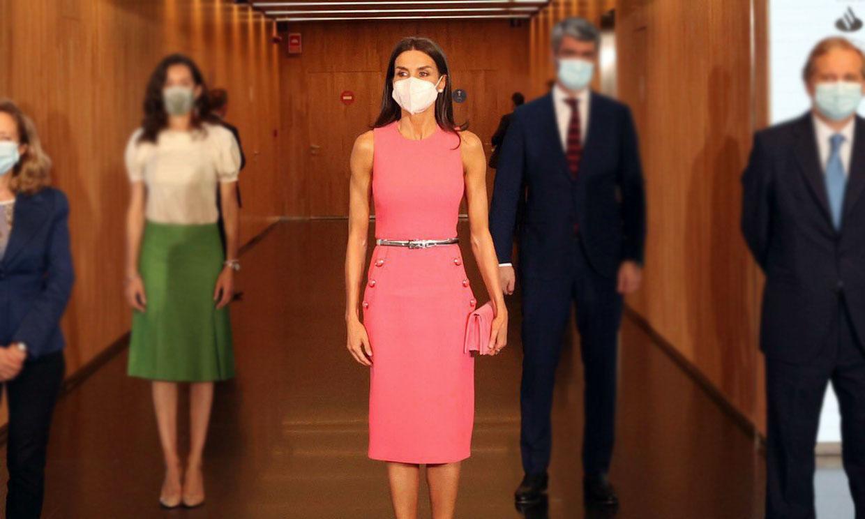 La Reina recicla su vestido con anécdota de la Casa Blanca y confirma su nuevo color favorito