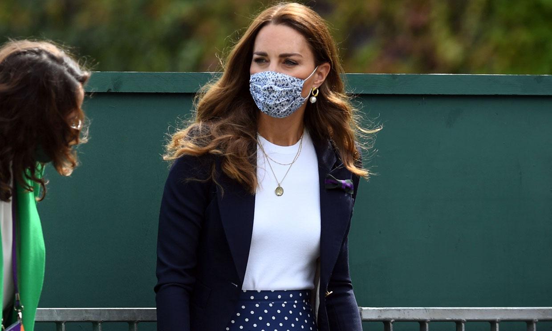 Kate rompe su tradición de estilo en Wimbledon con el estampado 'fetiche' que agota en minutos